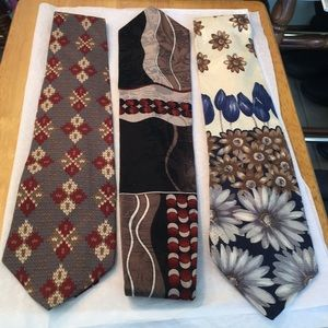 100 percent silk ties used but in great condition